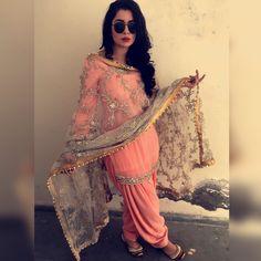 Elegant Indian salwar kameez Click above VISIT link for Punjabi Salwar Suits, Punjabi Dress, Salwar Kameez, Punjabi Girls, Designer Punjabi Suits, Indian Designer Wear, Punjabi Fashion, Indian Fashion, Indian Attire