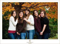 #familyportrait #melissagrimesguyphotography #thegirls #portraitphotography #growningpictures #cute #teenphotography
