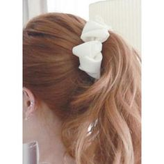 Buy 'kitsch island – Bow Hair Claw' with Free International Shipping at YesStyle.com. Browse and shop for thousands of Asian fashion items from South Korea and more!
