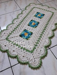 54 Ideas Crochet Doilies Beginner Yarns For 2019 Crochet Flower Patterns, Crochet Motif, Crochet Doilies, Crochet Yarn, Crochet T Shirts, Crochet Squares, Rug Hooking, Rugs On Carpet, Crochet Projects