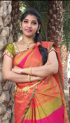 Beautiful Girl In India, Beautiful Girl Photo, Most Beautiful Indian Actress, Beautiful Women, Beautiful Saree, Cute Beauty, Beauty Full Girl, Beauty Women, Indian Natural Beauty