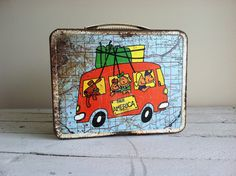 Vintage tin lunch box  circa 1970   See America  looks like it has seen more than just america