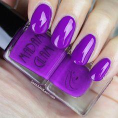 Madam Glam Indigogo: When a nail polish go-go dances on your nails!