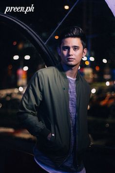 James Reid is the stuff of millennial fairytales. He shot to fame after winning a reality TV show, and quickly nabbed a few endorsements. James Reid Wallpaper, Sydney, Movie Talk, Priorities List, James Blue, Actor James, Liza Soberano, Jadine, Music Labels