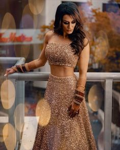 Indian Bride Dresses, Party Wear Indian Dresses, Indian Wedding Wear, Indian Bridal Outfits, Party Wear Lehenga, Indian Fashion Dresses, Bridal Lehenga Choli, Dress Indian Style, Indian Designer Outfits