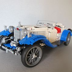 My new project is a Technic model of the Alfa Romeo Spider Touring Gran Sport 1932. The real car was a popular touring car, but was also used in races. There are still 101 Spiders extant today, primarily in museums. The main purpose of this project is to show that it is possible to make a car with a similar resemblance to the real model, only with the use of Technic parts. I got the inspiration for this model from a 1:8 scale model of this Alfa that I already own. The features of my model…