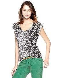 Women's Ts & Camis: long-sleeve T's, short-sleeve t-shirts, tanks, camisoles   Gap