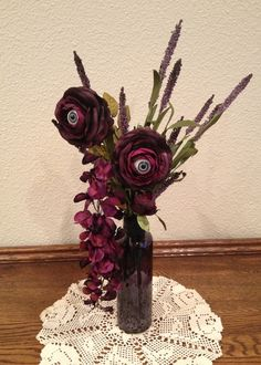 Creepy Eyeball Flowers - must have bouquet also!!