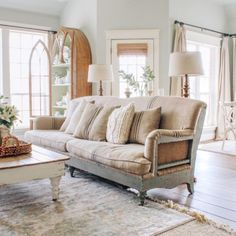 Exceptional modern french country decor are offered on our site. Take a look and you wont be sorry you did. French Country Rug, French Country Living Room, French Farmhouse, French Country Decorating, Modern Farmhouse, Farmhouse Decor, Farmhouse Style, Painted Fox Home, Minimalist Bedroom