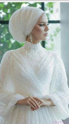to to to Hijab Evening Dress Modell Muslimah Wedding Dress, Muslim Wedding Dresses, Muslim Brides, Bridal Dresses, Dress Muslimah, Wedding Hijab Styles, Muslim Couples, Wedding Robe, Wedding Gowns