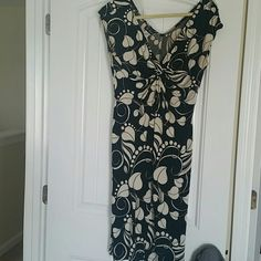 Black and white summer dress Black and white flower pattern summer dress. Dress it up with stilettos or casual date with flip flops Dresses