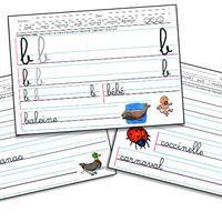 V oici mon cahier d'écriture de Grande Section pour apprendre à former les lettres en cursif, adapté aux droitiers et gauchers avec le modèle des lettres de chaque côté de la ligne, en...