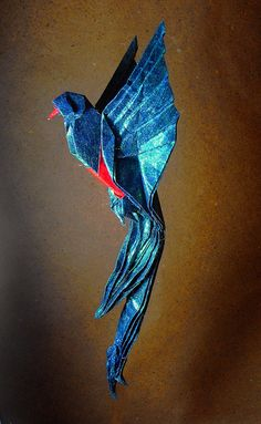 Eric Madrigal origami bird