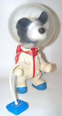 Vintage Peanuts Snoopy Astronaut Space Toy Doll 1969 United Features Syndicate