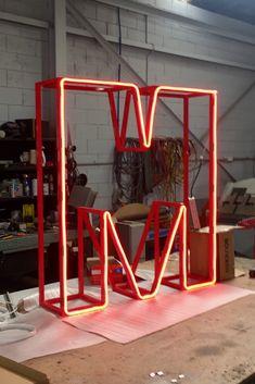 Monument Signage, Signage Board, Retail Signage, Wayfinding Signage, Signage Design, Backlit Signs, Industrial Office Design, Neon Design, Modelos 3d