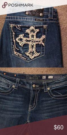 NWOT Miss Me jeans Miss me jeans skinny cut. Cross detail on back. NWOT. Miss Me Jeans Skinny