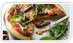 PIZZA WITH SARDINES AND EXTRA VIRGIN OLIVE OIL www.portulogia.com #oliveoil #sardines #recipe #receita #pizza