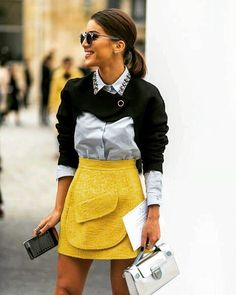 The Best Street Style at Paris Fashion Week - Mode für Frauen Fashion Mode, Fast Fashion, Modest Fashion, Look Fashion, Fashion Outfits, Fashion Design, Fashion Spring, Fashion Styles, Fashion Ideas