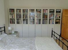 Ikea billy bookcase hack : buying a barrister bookcase with doors Ikea Bookcase With Doors, Ikea Billy Bookcase White, Bookcase With Glass Doors, Glass Shelves, Bookshelves, Billy Bookcases, Wall Shelves, Shelf, Ikea Inspiration