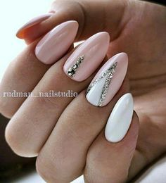The Best Nail Art Designs – Your Beautiful Nails Line Nail Designs, Acrylic Nail Designs, Acrylic Nails, Elegant Nails, Classy Nails, Simple Nails, Nude Nails, White Nails, Pink Nails