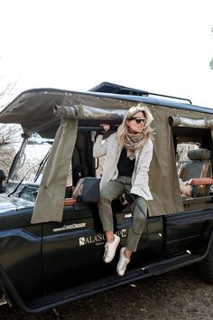 """You don't need to wear """"safari clothing"""" to go on safari in Africa. Find out how to choose the best clothing: http://travelfashiongirl.com/safari-clothing-packing-list-what-to-wear-on-an-overland-africa-trip/ @travlfashngirl"""
