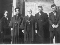 Ishimoto Sensei junto a O Sensei e Hikitsuchi Sensei