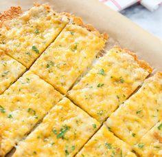 Fast, Easy, And Cheesy Cauliflower Breadsticks #Food #Drink #Trusper #Tip