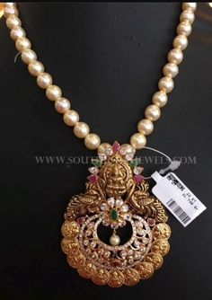 Sale On Gold Jewellery Kids Gold Jewellery, Real Gold Jewelry, Gold Jewelry Simple, Gold Jewellery Design, Beaded Jewelry, Handmade Jewellery, Pearl Jewelry, India Jewelry, Bead Jewellery