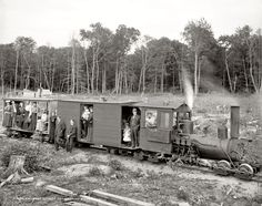 Old Pictures, Old Photos, Train Pictures, Harbor Springs Michigan, Old Trains, Vintage Trains, Rail Car, Steam Engine, Steam Locomotive