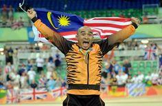 El ciclista de Malasia Azizulhasni Awang gana la medalla de bronce en Río 2016. Visite nuestra página y sea parte de nuestra conversación: http://www.namnewsnetwork.org/v3/spanish/index.php #nnn #bernama #malasia #malaysia #kl #rio #olympics #olimpiadas #boleh #deportes #sports #pics #fotos #noticias #news #medalla #ciclismo #azizulhasni