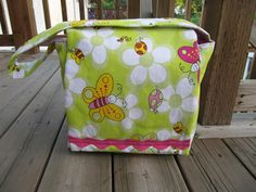 Back to School ~ Messenger Bag | Sew Mama Sew |