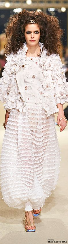 Chanel Cruise 2015 Collection - Runway