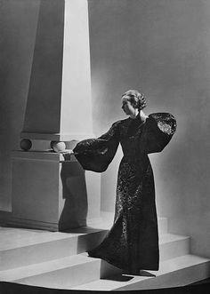 Alix Dress (Marie Wolkonsky) - 1934 -George Hoyningen-Huene