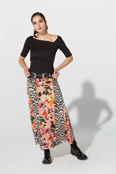 Top fruncido de algodón satinado con licra Primavera Verano 2019 TERIA YABAR con cuello asimétrico y media manga.  Existe en varios colores. Floral, Animal, Interior, Skirts, Fashion, Templates, Long Skirts, Half Sleeves, Orange