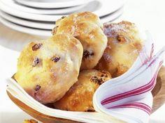 Kleine Quarkbrötchen ist ein Rezept mit frischen Zutaten aus der Kategorie Backen. Probieren Sie dieses und weitere Rezepte von EAT SMARTER!