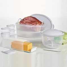 Classic Super Set:          Protect your food so it stays fresher, longer, with our best classic favorites. With a Cheese Keeper, Flavor Saver Container, Super Crisp-It® Container and Ideal Lit'l Bowls, you can keep a full head of lettuce, cabbage or cauliflower fresh and dry or keep bulky leftovers including a whole chicken or ham.Snow White/NaturalDishwasher safeLimited Lifetime Warranty     Item:10049029084