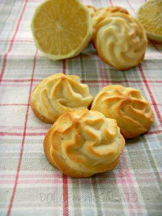 DOLCEmente SALATO: Biscotti al limone.
