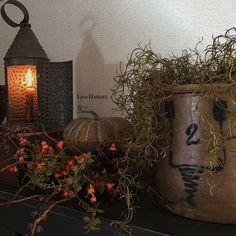 Primitive Fall, Autumn Decorating, Harvest Season, Natural Christmas, Happy Fall, Primitives, Vignettes, Crock, Lisa