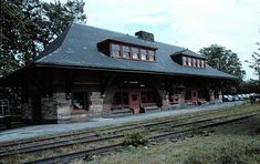 Richardson Homes, Old Train Station, Core, Exterior, Cabin, Architecture, House Styles, Image, Arquitetura