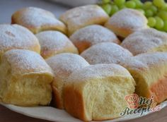 Easy Cake : The perfect universal yeast dough for a variety of cake pie, Berliner or b . Low Carb Lunch, Low Carb Breakfast, Low Carb Desserts, Low Carb Recipes, Low Carb Brasil, Easy Cake Decorating, Low Carb Bread, Desert Recipes, Hot Dog Buns