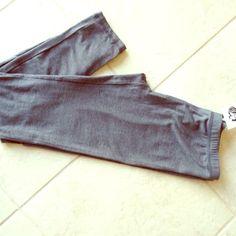 Boutique Leggings NWT NWT lt weight grey leggings. Perfect for all seasons. Pants Leggings