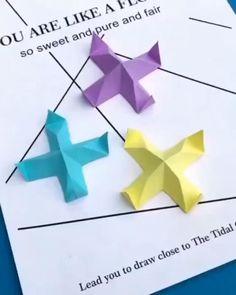 Paper Crafts Diy Easy Video - Paper Crafts Diy Visit my website for MORE – Paper Crafts, Paper diy, adults, preschool, kinderga - Paper Crafts Origami, Paper Crafts For Kids, Diy Paper, Fabric Crafts, Paper Folding Crafts, Wood Crafts, Instruções Origami, Origami Flowers, Oragami