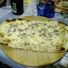 #Pizza stirata al #naviglio1974. Ottima! #italianfood #italiandishes #igersmantova #igmantova #igerslombardia