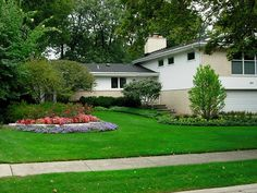 Hire Alan M Landscaping for beautiful landscaping and lawn services in Lake Bluff, North Shore, Glenview, Highland Park, Northbrook. We have a team of professionals to meet your Commercial and Residential needs.