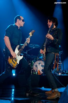Robert DeLeo and Dean DeLeo (Stone Temple Pilots)