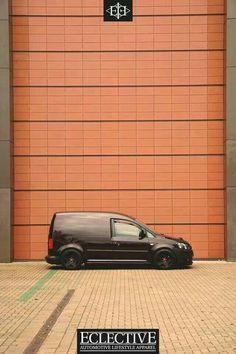 Caddy Volkswagen Caddy, Vw T5, Vw Caddy Tuning, Caddy Van, Cool Vans, Street Bob, Vans Style, Valentino Rossi, Dream Garage