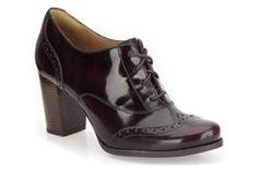 Ciera Pier, Burgundy Leather, Womens Casual Shoes