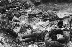 Dead Italian soldiers on the heights of Cividale def Friuli/October 1917.