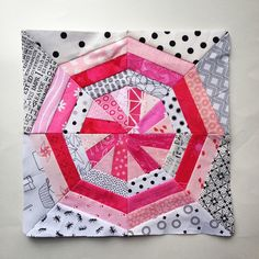 Today's #paperpiecingmonday block.  Pattern as usual is on the blog.