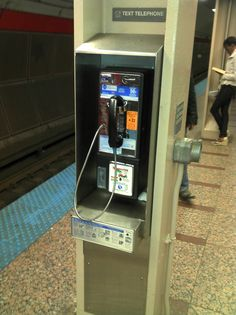 Pay phone at downtown Red Line stop. Does anyone still use these?